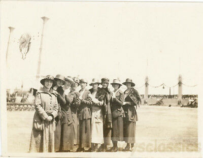 1929 Hats Hats Hats Ladies Line Up in a Chain