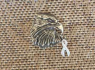 U.S.A. 1 BALD EAGLE PIN with WITH WHITE PEARL AWARENESS RIBBON LUNG CANCER New.