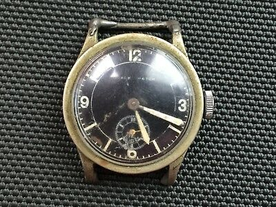Vintage Ovale Watch Men's Military Face Wristwatch - Running