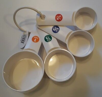 Winco MCPP-4, Set of White Plastic Measuring Cups with Capacity Marking, 0.25, 0