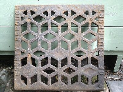 Victorian Vintage Salvage Cast Iron Cover Grid Grille Borough Of Southport!!