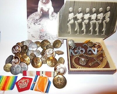 Military Items WWII Mixed Lot Badges Buttons Ring Bar Photo's WWI WWII Military