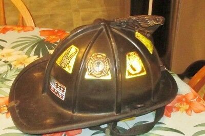 2008 Cairns FIREFIGHTER'S Fire Helmet w/ Brass Eagle & FDNY 343 STVFD 2003 Decal