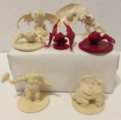 Dungeons And Dragons Vintage 1980's Plastic Game Piece Figure Lot RARE