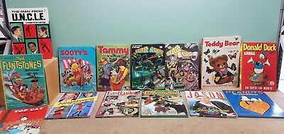 Collection 25 Vintage Annuals Top Cat Flintstones Starlord Blue Peter