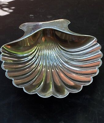 BAGUIER COQUILLE ST JACQUES COUPELLE TIFFANY STERLING ARGENT 75g RAYURE 10,3x9cm