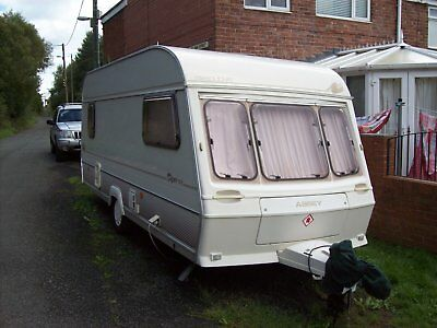 abbey piper executive 5 berth caravan with awning