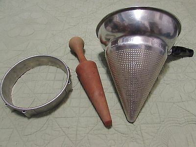 Vintage Tomato Press Fruit Juicer Sieve Colander Home Canning No. 462