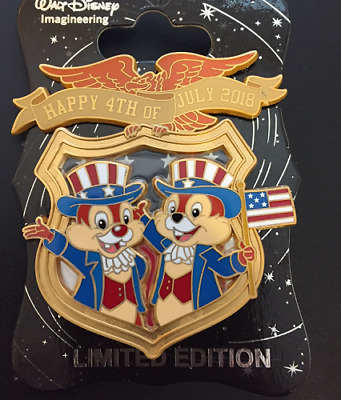 WDI Disney Imagineering 4th of July Patriotic Chip & Dale Cast LE 200 Pin & Card