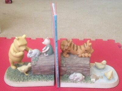 Disney Classic Winnie The Pooh - Tigger Ceramic Bookends By Michael & Company