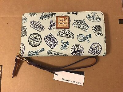 Disney Vacation Club Dooney & Bourke Wristlet 2018