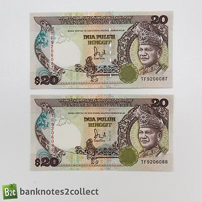 MALAYSIA: 2 x 20 Malaysian Ringgit Banknotes with consecutive serial numbers.