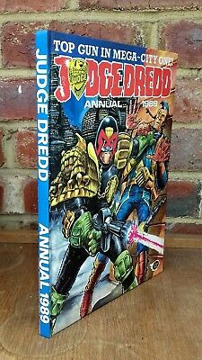 Judge Dredd Annual 1989 - in VG condition not price-clipped