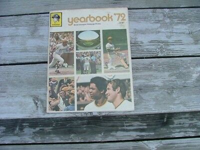 1972 pittsburg pirates yearbook Stargell and Clemente signatures on cover.