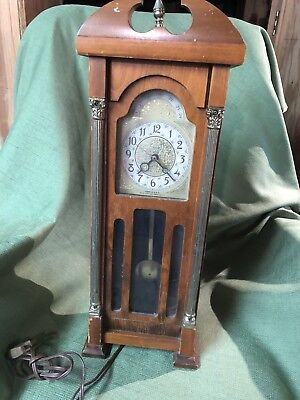 Rare Vintage United Metal Goods Grandfather Clock Tabletop American Girl Doll