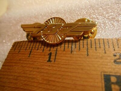 BOEING 737 WINGS Tack Back Pin