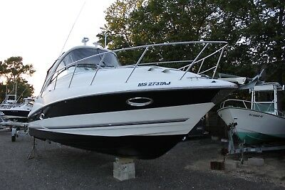 2004 Campion LX 925i  Express Cruiser boat Clean Title LOW RESERVE