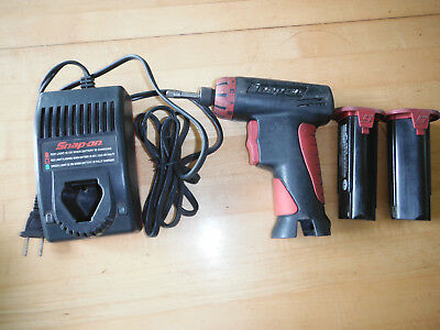 Snap On CTS561 Cordless Screwdriver, Charger CTC572, 2 batteries CTB5172