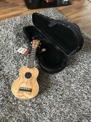 Chord Native Soprano Ukulele Spalted Maple with Stagg Hard Case Included
