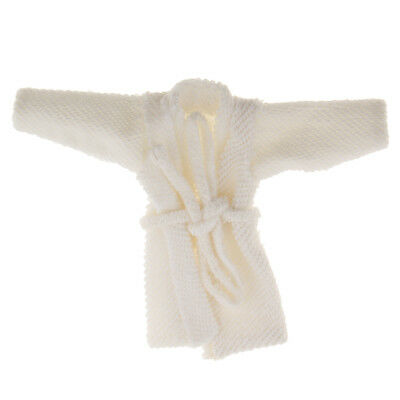 1/12 Scale Dollhouse Miniature Bedroom Clothes Accessory White Bathrobe