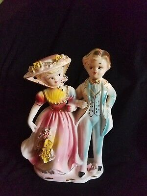 Vintage ArnArt couple 8235 Lady and Man