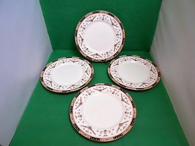 Queens Olde England Dinner Plates x 4