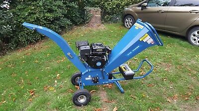 Hyundai Garden Petrol Wood Chipper Electric Start 208cc Heavy Duty HY7070E-2