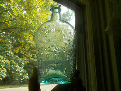 Wm FRANK &SONS 1860s UNION CLASPED HANDS CANNON & FLAG PINT WHISKEY FLASK CRUDE