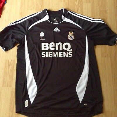real madrid retro away top 2006/07 Size XL