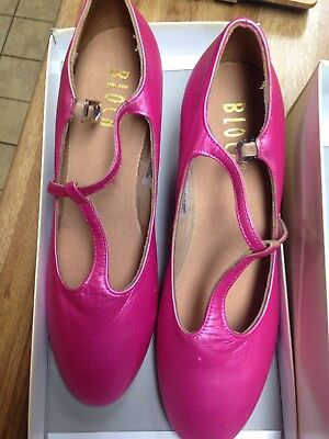 """Character Shoes Ladies Size 7 Bloch T-Strap 2"""" Heel New Painted Pink"""