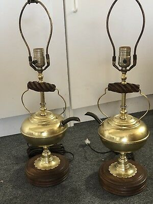 Pair Of Vintage Early American Style Table Lamps Mid Century Teapot Wood/brass