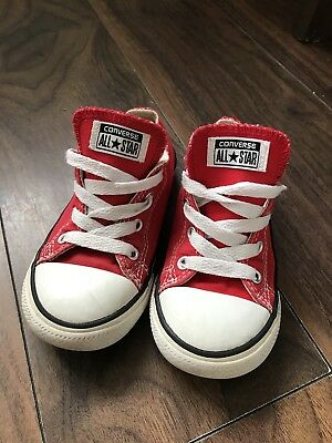 Red Converse Unisex Size 9 GUC