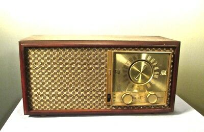 Antique Zenith vintage tube radio restored and  working