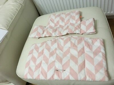 stokke tripp trapp cover pink and white geometric style used