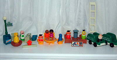 Vintage Fisher Price Little People Sesame Street #938  Accessory Lot. 1975