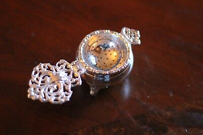 Tea Strainer, Silver Plated w/ Drip Bowl, Antique Reproduction, Kensington