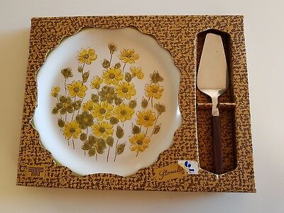 """Vintage 1970s """"Spring Bouquet"""" Stoneware Hand Decorated Cake Plate with Slice"""