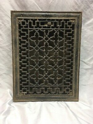 Antique Cast Iron Gothic Heat Grate Floor Register 14x10 Vtg Old 421-18E