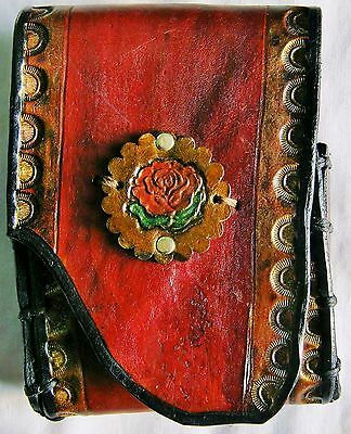 Rose Stamp Concho Décor Natural Edge British Tan Leather Faire Fashion Pouch