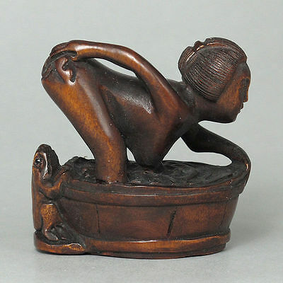 "1940's Japanese handmade Boxwood Netsuke ""bathing beauty"" Figurine Carving"