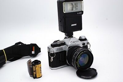 Canon AE-1 Program 35mm Spiegelreflex SLR / Makinon FD 28mm 1:2.8 Wide / SERVICE
