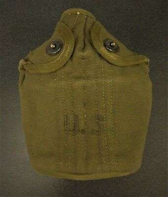 Vintage US ARMY WW II era field canteen excellent condition.