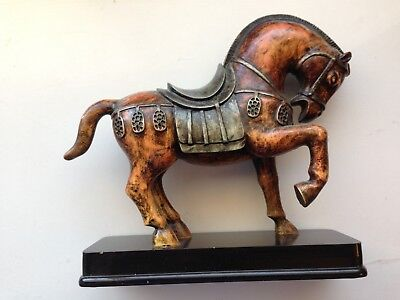Vintage Decorative Cast Horse/pony Desk Top Display Paperweight - Lovely.