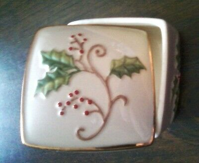 LENOX Trinket Box HOLIDAY Dimension Square Holly Berries Christmas Ivory Gold
