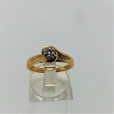 18Ct Yellow Gold Diamond Engagement Ring Valued @$2205 Comes With Valuation