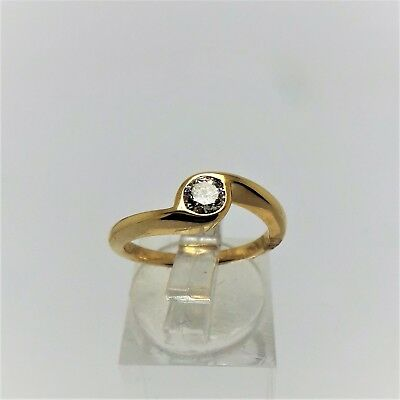 18ct YELLOW GOLD DIAMOND SOLITIARE RING VALUED @$3946 COMES WITH VALUATION