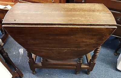 19th Century Oak Gate Legged Dropleaf Dining Table in need of TLC