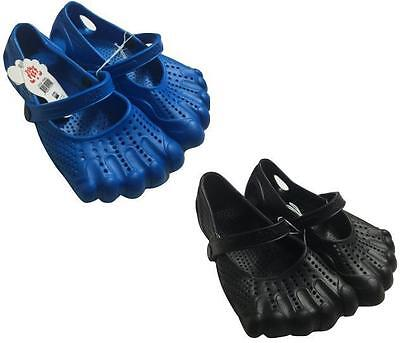 2 Pairs Lot Black Blue Waterproof Shoes Size 13-1 Kids Youth Boys Clogs Slip On