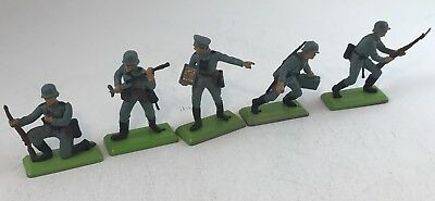 BRITAINS DEETAIL Lot of 5 VINTAGE 1971 WORLD WAR 2 WW2 GERMAN INFANTRY