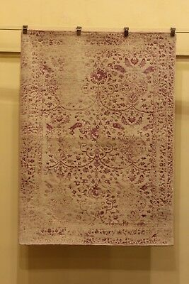 Anahid carpet from Punjab. Pakistan. Wool and silk. Alfombra Anahid. Pakistán. L